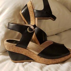 Dansko Charlotte sandal, sz 39 worn once